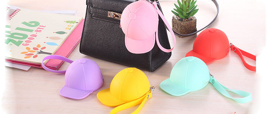 hat design sport mini silicone purse