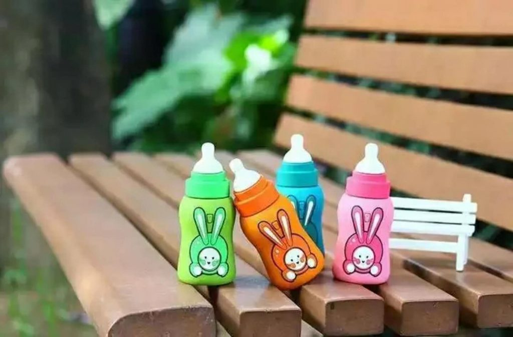 baby bottle design usb power bank waterproof